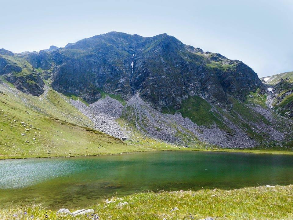 Zrdino jezero i Vazov vrh